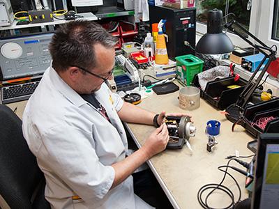 Reparatur und Kalibrierung